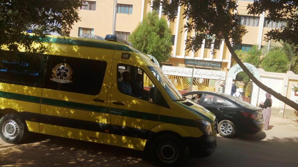 صورة إصابة 4 طلاب بحالات إغماء أثناء امتحان اللغة العربية للثانوية العامة بالشرقية