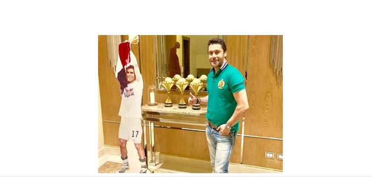 صورة أحمد حسن يدخل في مشادة مع مراسل جزائري