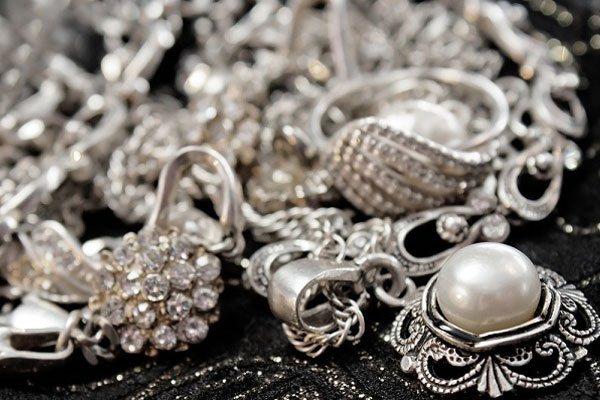 صورة تعرف على أسعار الفضة اليوم