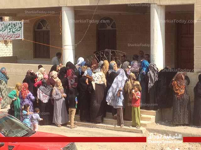 صورة جمعية الأورمان ومصر الخير توزعان لحوم مجانًا بالشرقية