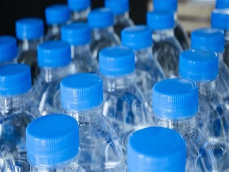 صورة احذر شرب المياه من الزجاجات البلاستيكية لأكثر من مرة