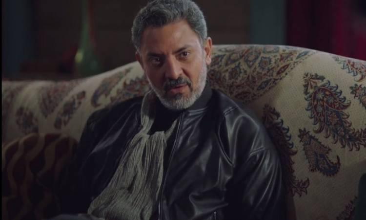 صورة الموت يفجع الفنان فتحي عبد الوهاب بعد وفاة والدته