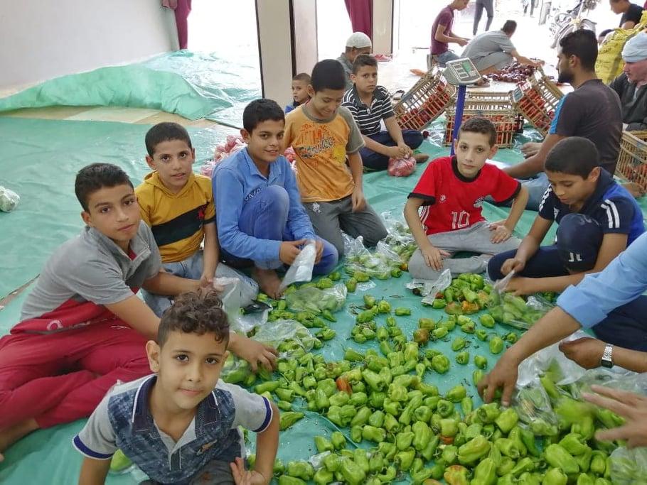 عشرة في الخير تطالب مشاركة الشباب لسد احتياجات الفقير