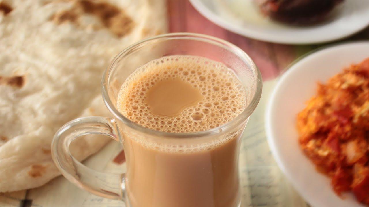صورة تعرف علي أضرار الشاي بالحليب يسبب الأرق والانتفاخ