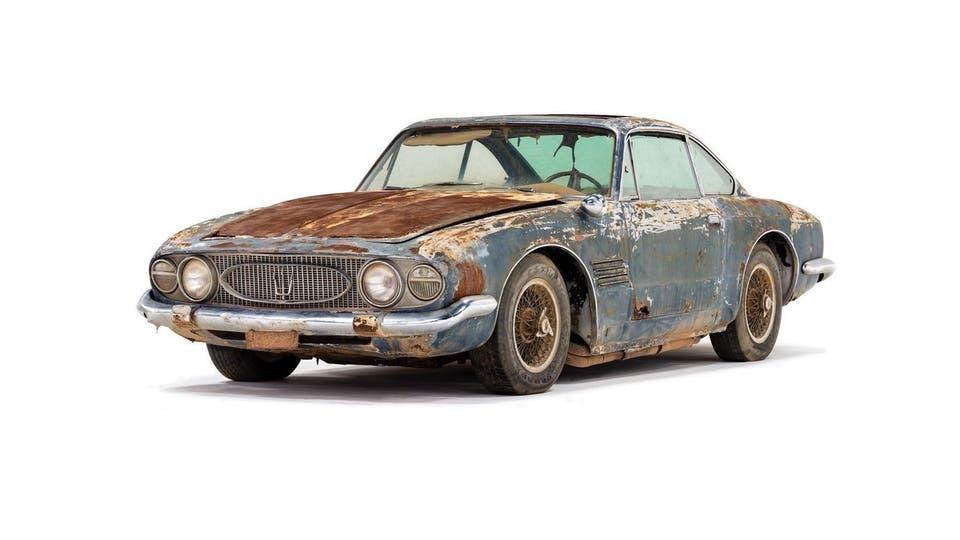 صورة سيارة خردة تباع بـ 12 مليون جنيه تعرف على السبب