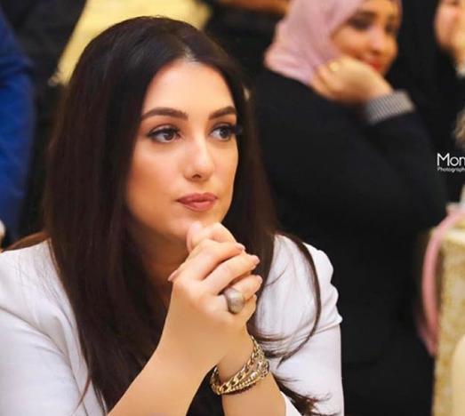 صورة كندة علوش تكشف وجه ابنتها لأول مرة