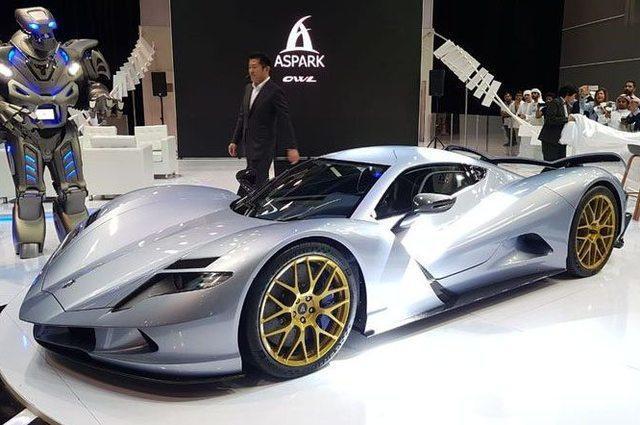 السيارة اليابانة الكهربائية