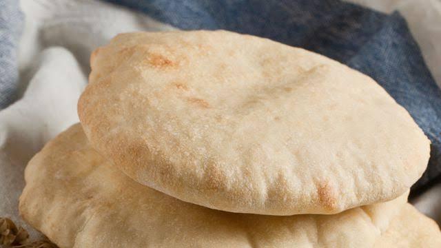 صورة قائمة الأطعمة التي تضر الإنسان من أهمها الخبز الأبيض