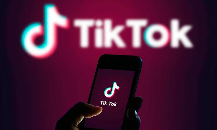 صورة حقيقة استخدام تطبيق تيك توك في التجسس على المواطنين