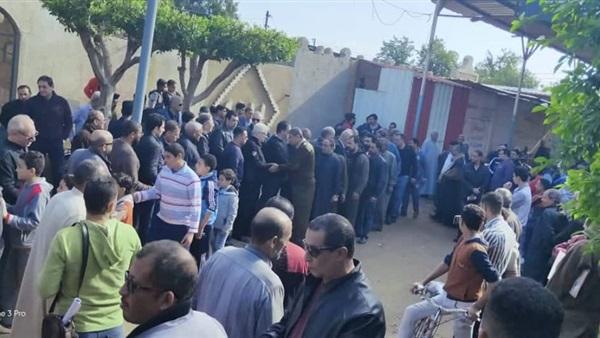 صورة الموت يفجع مرتضى منصور بميت غمر بالدقهلية