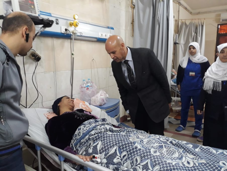 صورة وكيل وزارة الصحة يعاقب المقصرين بمستشفى الزقازيق العام