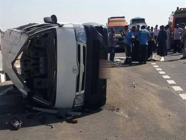 صورة إصابة 8 أشخاص في حادث انقلاب سيارة صباح اليوم بطريق بلبيس العاشر من رمضان
