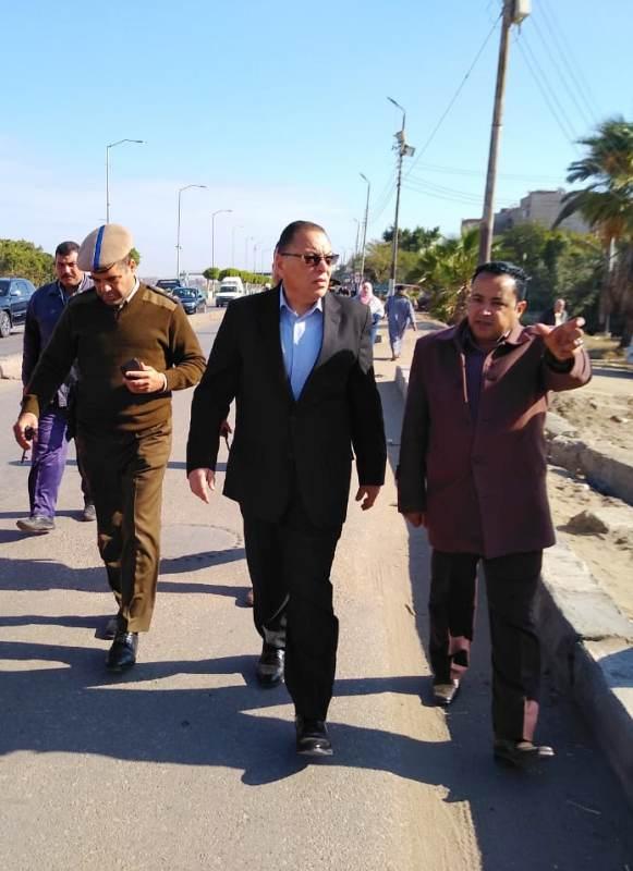 الشرقية يتفقد أرض إنشاء قصر ثقافة أبوحماد