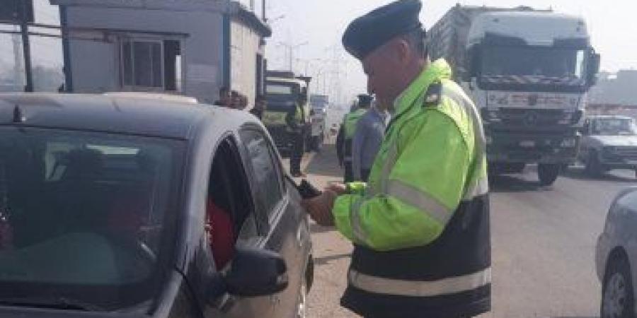 صورة ضبط سائق بأبوحماد لتعاطيه المواد المخدرة أثناء القيادة