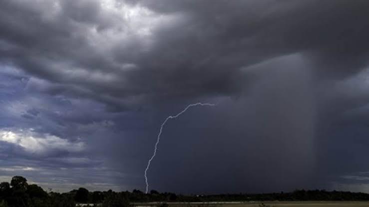 صورة موجة من الطقس السيىء تضرب البلاد والأرصاد توجه تحذير عاجل