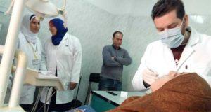 توقيع الكشف الطبي على المرضى