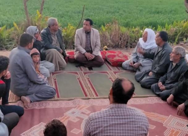 رئيس-مركز-أبوحماد-يتفقد-عدد-من-القرى