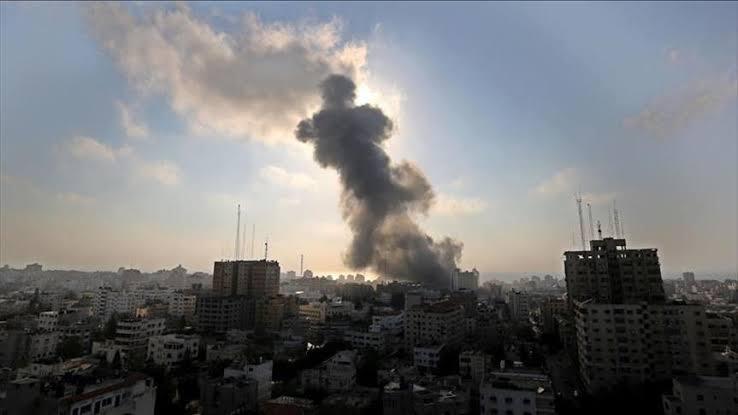 صورة استمرار القصف الإسرائيلي على قطاع غزة
