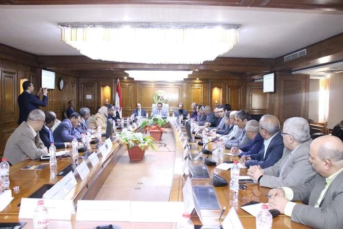اجتماع وزير التعليم العالي
