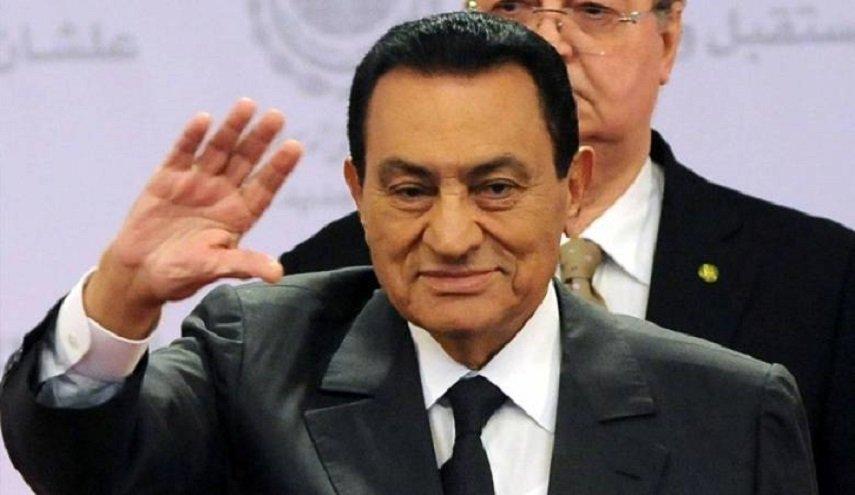 صورة تفاصيل نقل جثمان مبارك إلى مثواه الأخير