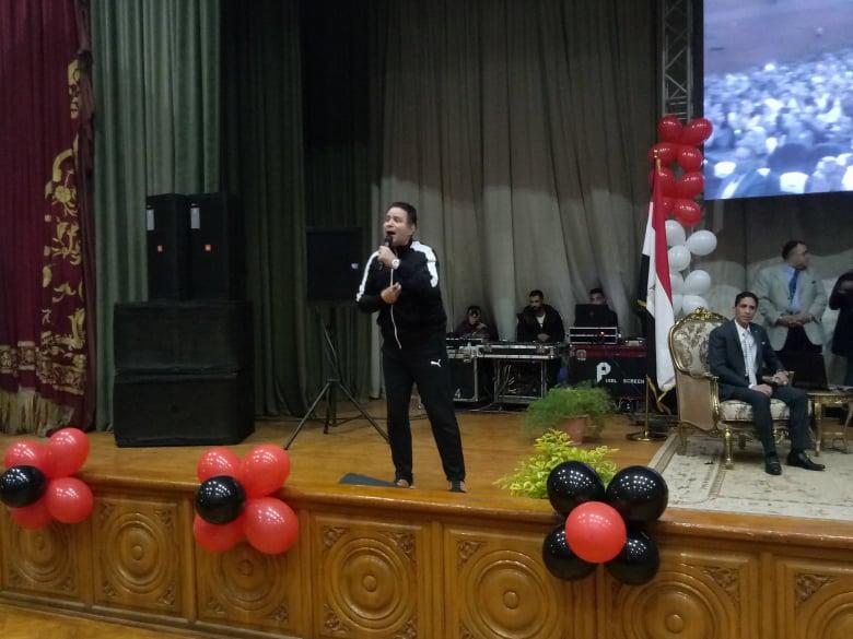 الفنان إيمان البحر درويش