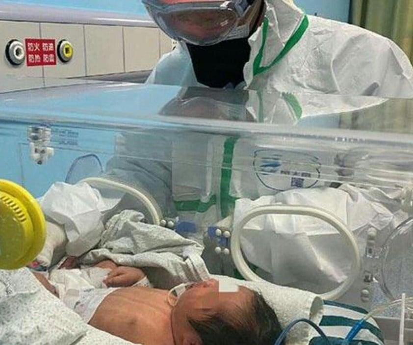 صورة لأول مرة إصابة مولود بفيروس الكورونا في الصين