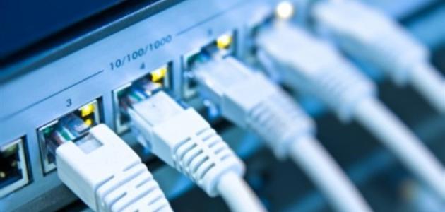 صورة وزير الاتصالات يوضح السبب الرئيسي في بطء الإنترنت