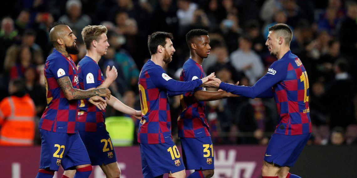 صورة لاعبو برشلونة يوافقون على تخفيض 70% من رواتبهم 30 يوما