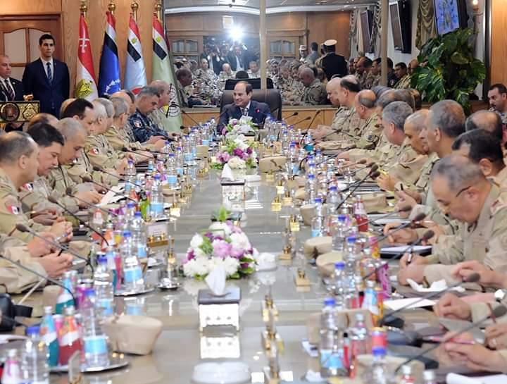 الرئيس عبد الفتاح السيسي واجتماع مع القوات المسلحة