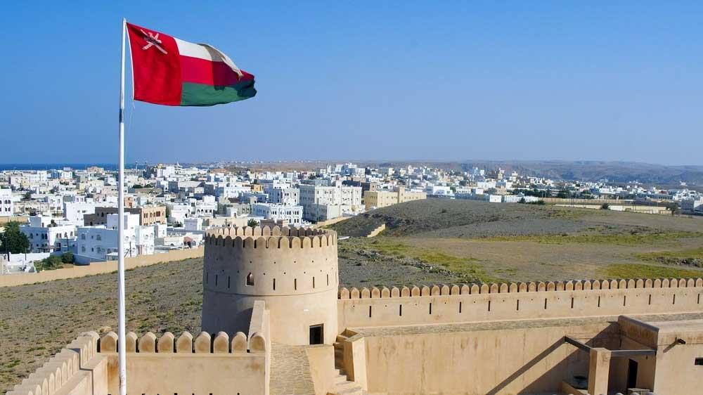 صورة عمان تدعو إلى وقف الاستيراد والتصدير خوفًا من كورونا