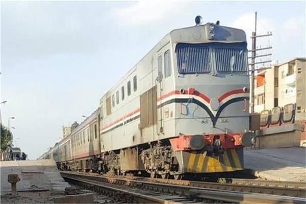 صورة النقل: قطار إضافي غدًا لمنع التكدس بـ«944 الزقازيق-القاهرة»