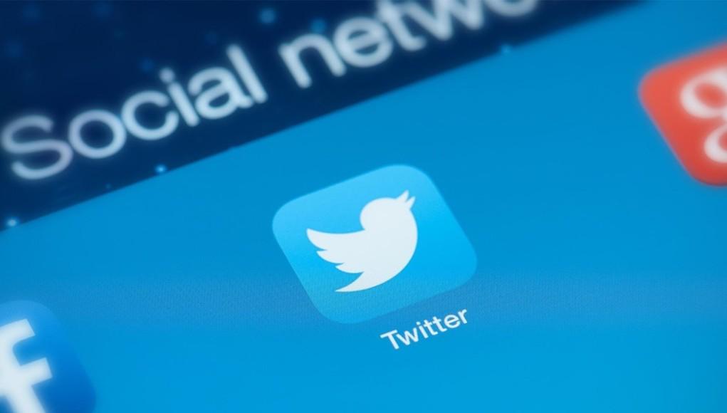 صورة تعرف على كيفية إخفاء الردود على تغريدات تويتر بشكل أسرع