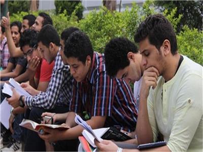صورة وزير التعليم يكشف تفاصيل المشروعات البحثية لطلبة النقل والشهادة الإعدادية