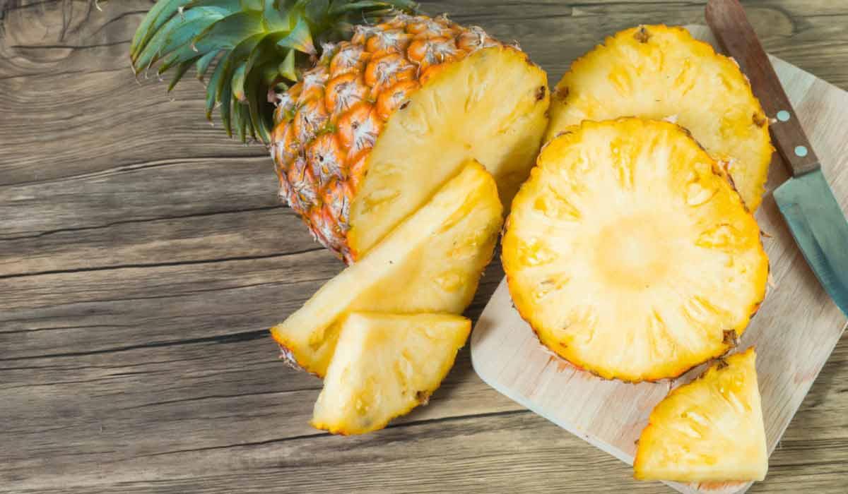 فاكهة الأناناس وفوائدها
