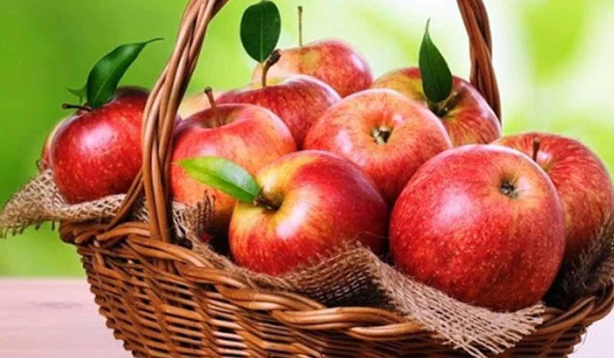 فوائد أكل التفاح صباحاً