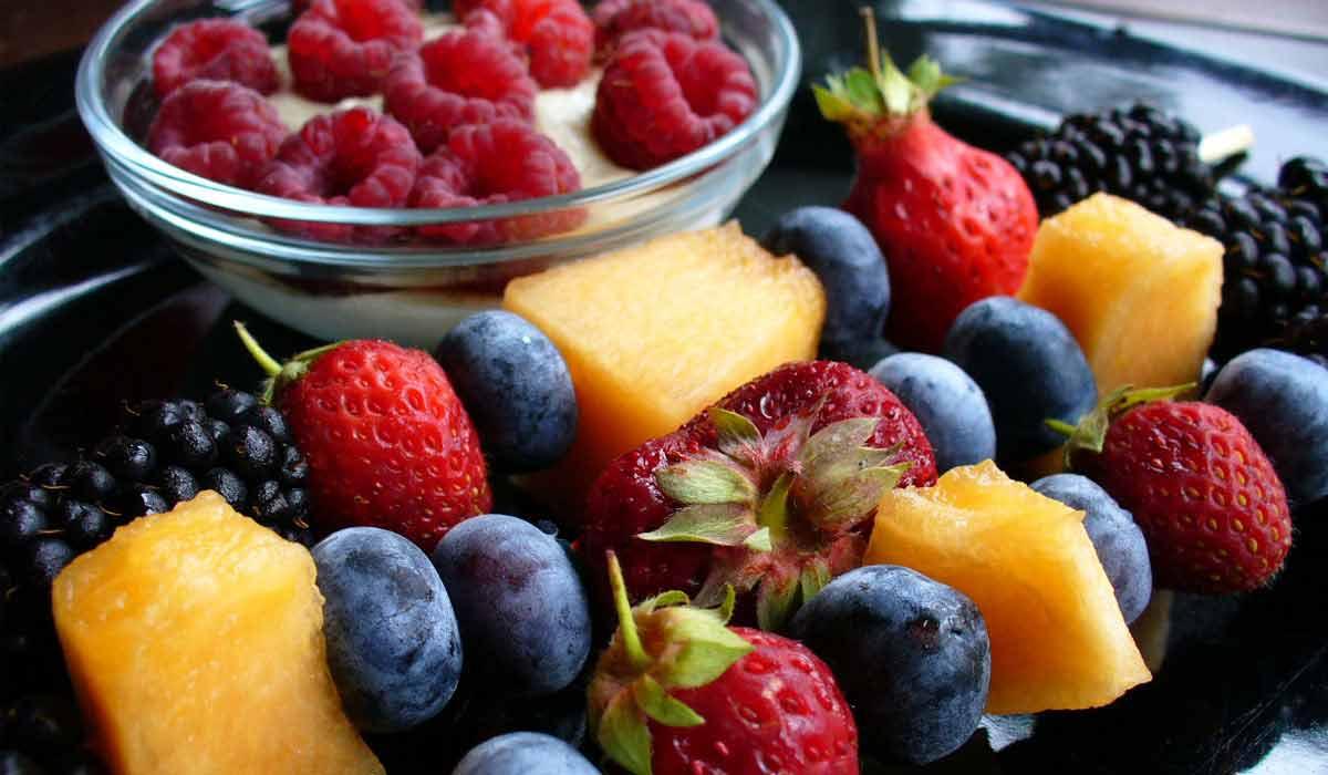 صورة ما هي الفواكه التي تحتوي على الألياف
