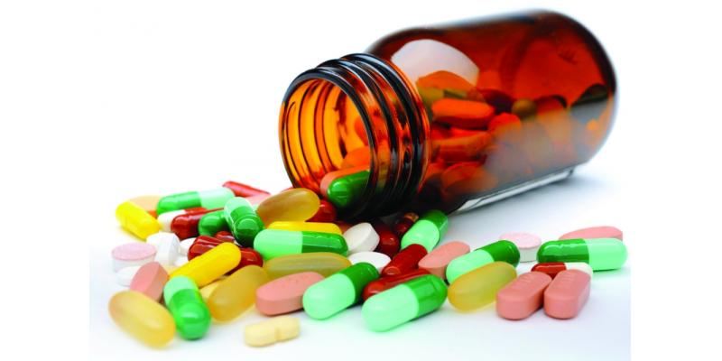 صورة تزيد من خطر الإصابة بفيروس كورونا.. قائمة بالأدوية المسكنة الممنوع تناولها