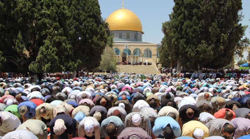 صورة أوقاف القدس تعيد فتح الحرم القدسي عقب عيد الفطر