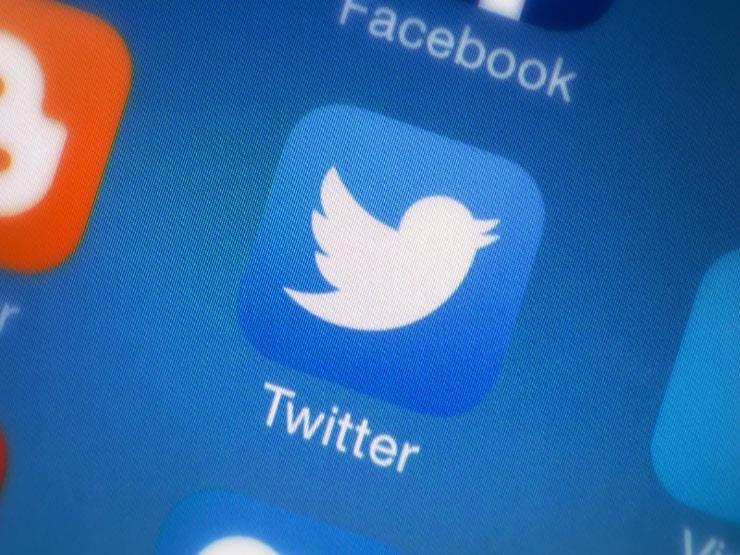 صورة تويتر تتيح لمستخدميها اختيار من يمكنه الرد على التغريدات