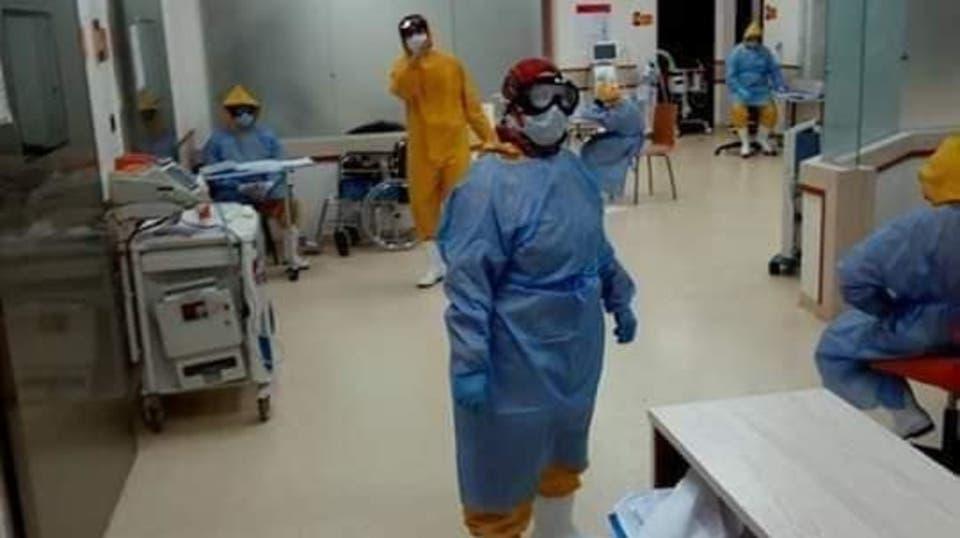 صورة إصابة 4 ممرضين في مستشفى جامعة الزقازيق بفيروس كورونا
