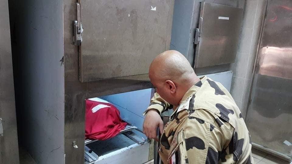 صورة صورة حقيقة لجثمان الشهيد أحمد المنسي قبل دفنه