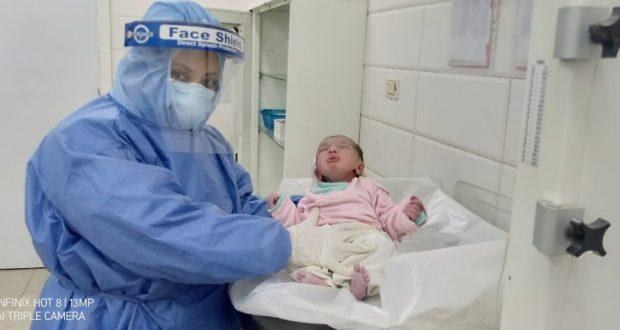 الحالة الثانية.. سيدة مصابة بكورونا تضع مولودها بمستشفي أبو كبير