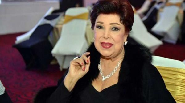 صورة بعد استقرار حالتها.. سر فرحة ابنة رجاء الجداوي