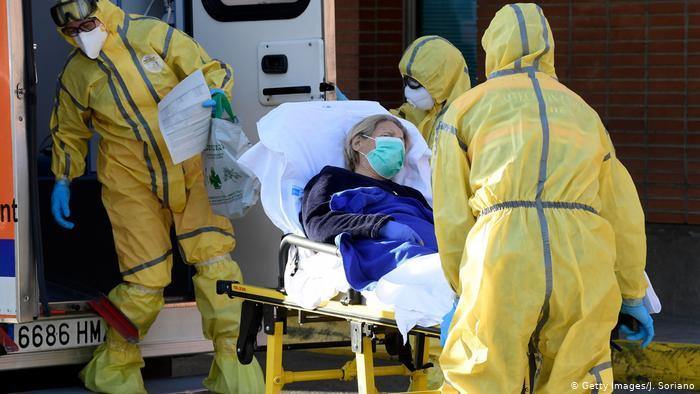 صورة بعد تسجيل أكبر معدل في مصر.. الصحة العالمية تكشف سبب قفزة إصابات كورونا بالشرق الأوسط