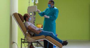 تخصيص 5 مراكز نقل دم لسحب بلازما المتعافيين لإنقاذ حالات كورونا الحرجة تعرف عليهم