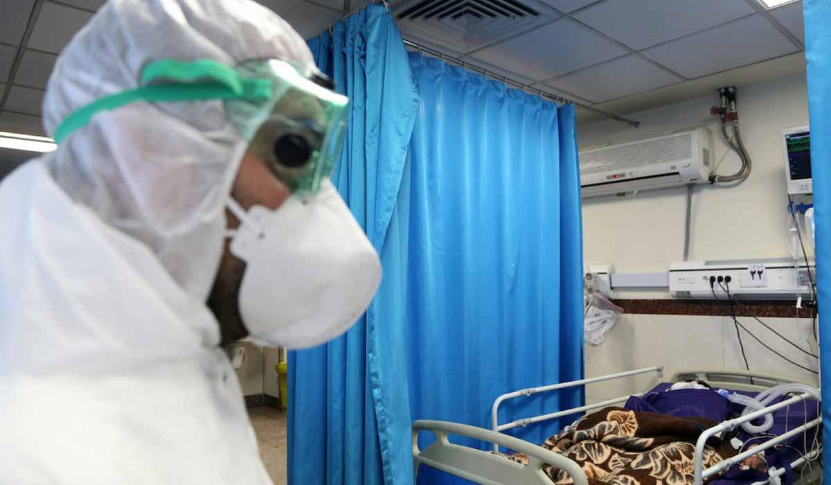 صورة رئيس لجنة مكافحة الكورونا يحذر من تفشي الوباء في مصر
