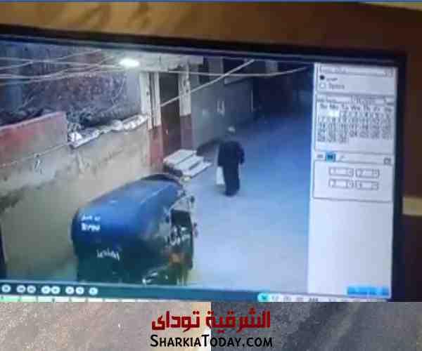 صورة فيديو يرصد لحظة جريمة قتل بشعة في القنايات