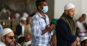 قرار بغلق 71 مسجدا في السعودية بعد تفشي كورونا بين المصلين