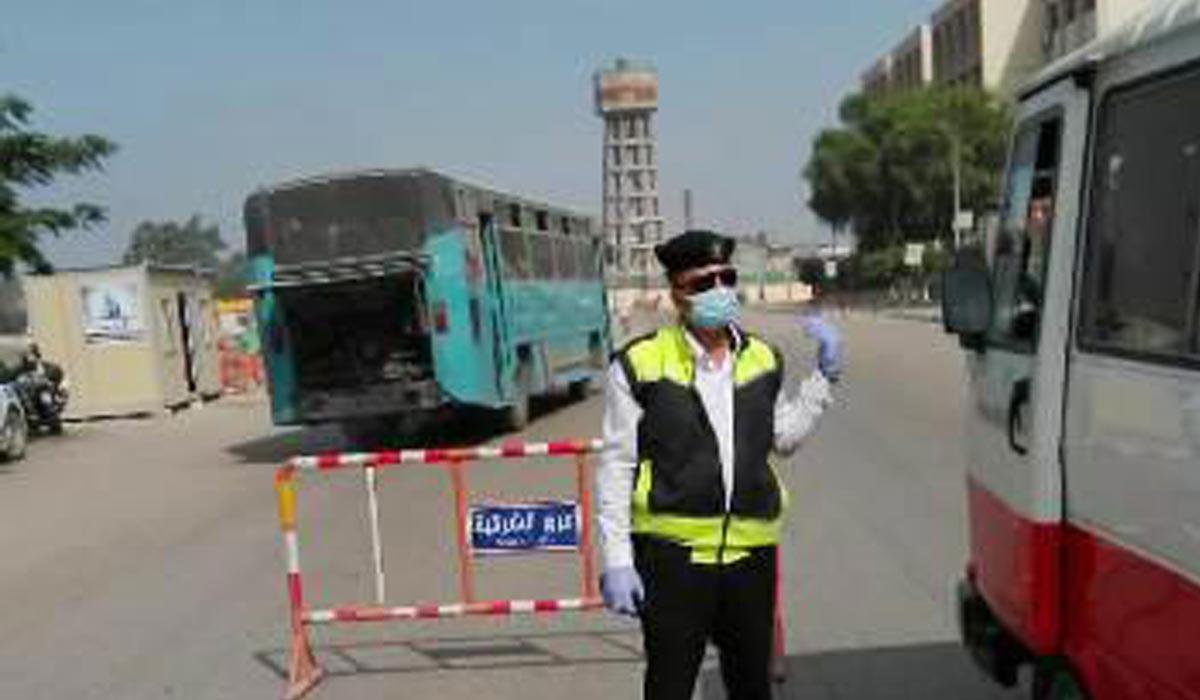 صورة محافظ الشرقية يغرم63 سائق لعدم ارتدائهم الكمامات