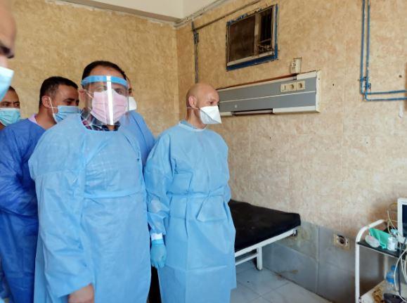 صحة الشرقية يتفقد قسم العزل بمستشفى أبوحماد ويشدد على ارتداء الواقيات الشخصية 1